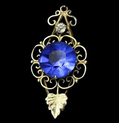 Made before 1950s filigree pendant. Silver, rhinestones, glass