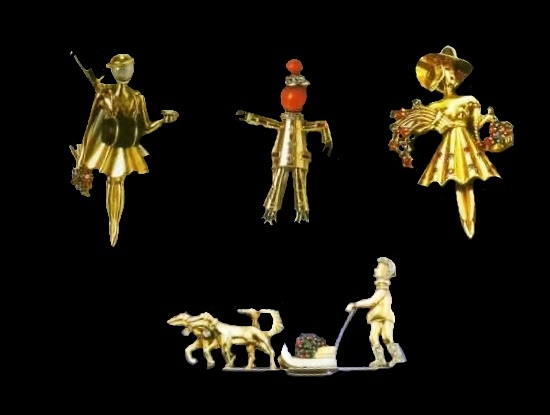 Made in 1940-1945 clip brooches