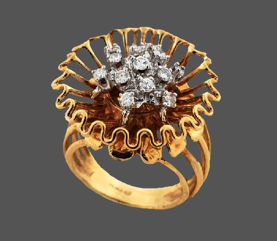 Mid century diamond flower ring. 14kt yellow and white gold