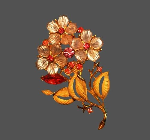 Mother-of-pearl hand painted gold tone rhinestones flower brooch