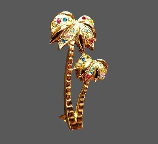 Palm tree brooch. Gold plated brass, rhinestones. 4 cm. 1970s