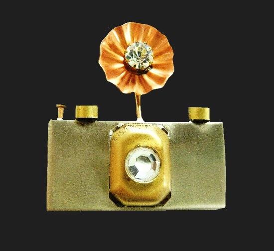 Photo camera brooch pin. Mixed metals, rhinestones