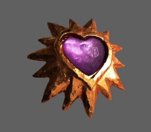Purple heart star framed beooch. Gold tone, resin. 1980s