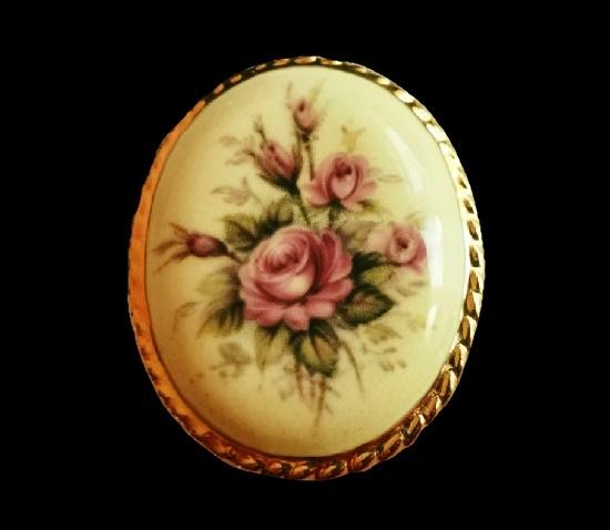 Rose brooch. Porcelain, gold tone alloy. 5 cm. 1970s
