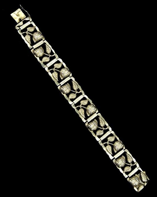 Rose flower bracelet. 1952. Silver, gold filled