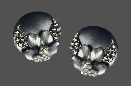 Silver gray metal, rhinestones, baroque pearl leaves clip on earrings