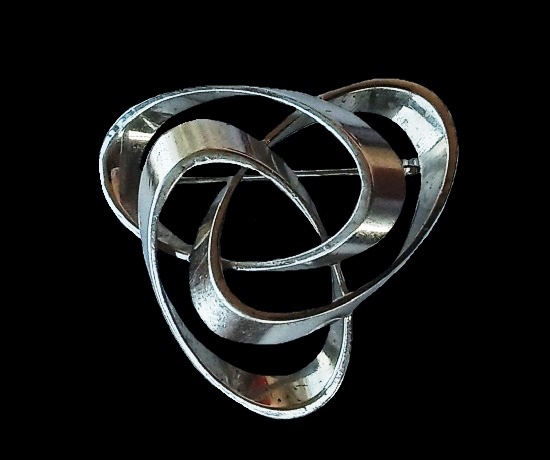 Silver modernist design brooch