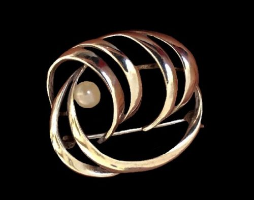 Sterling silver modernist design brooch. 1960s