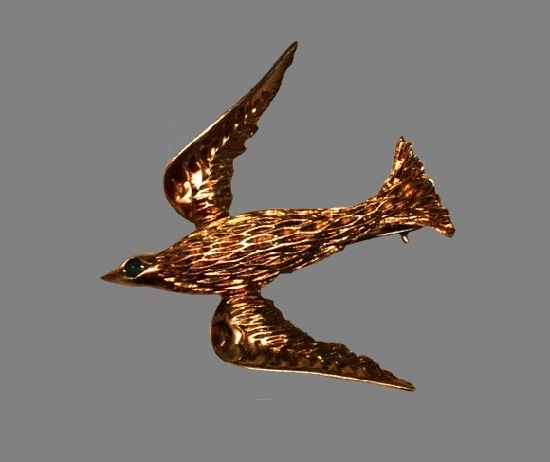 Swallow brooch pin. 14 K gold plated metal alloy, made for Dior. 1964