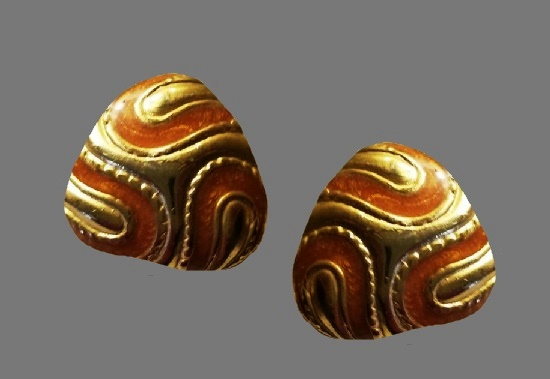 Swirl design enamel gold tone clip on earrings