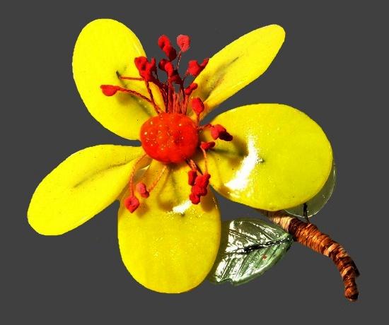 Yellow flower brooch. Art glass, 4.5 m. 1960s