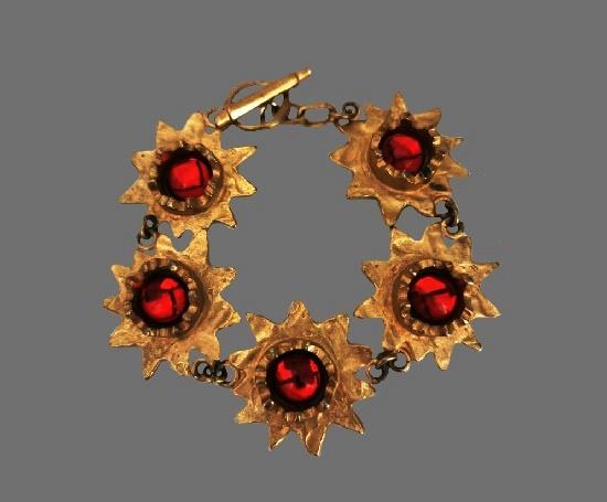 1980s Sunburst design bracelet. Gold plated metal alloy, art glass