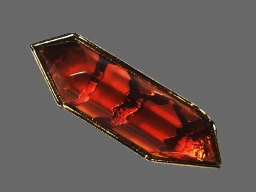 Amber color lucite gold tone geometric design brooch. 6 cm
