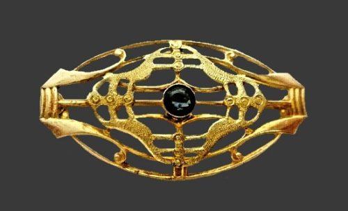 Art Deco 10 K gold filled sapphire brooch. 1920s