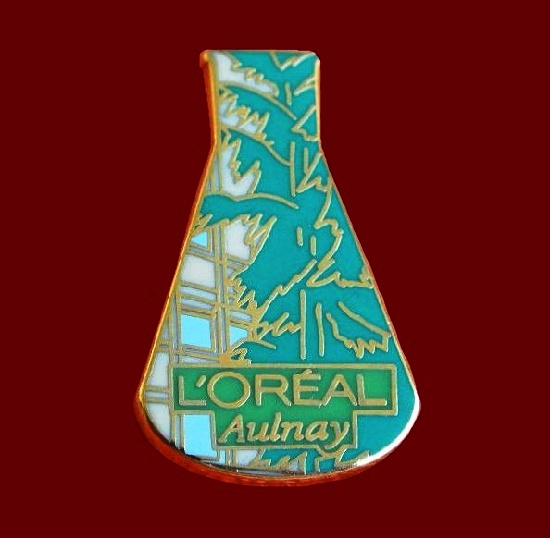 Aulnay fragnance perfume pin designed by Arthus Bertrand