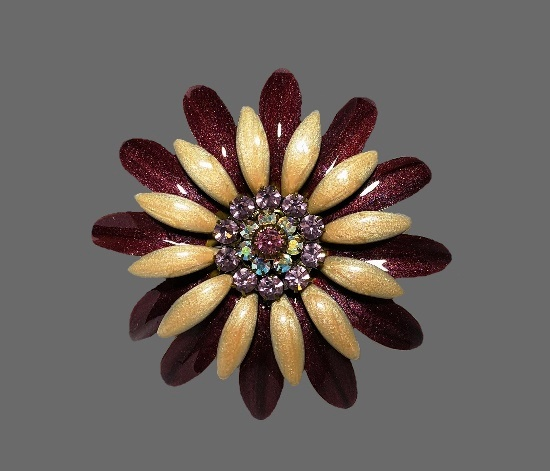 Beige and black glitter enamel flower brooch