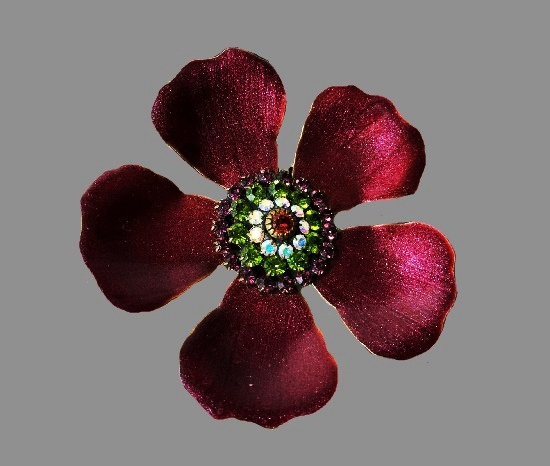 Burgundy flower brooch. Gold tone metal alloy, enamel,