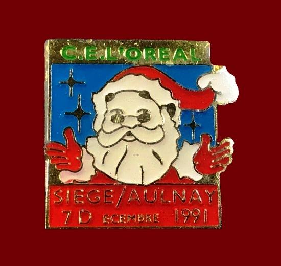Christmas lapel pin badge. Gold tone metal alloy, enamel. 1991
