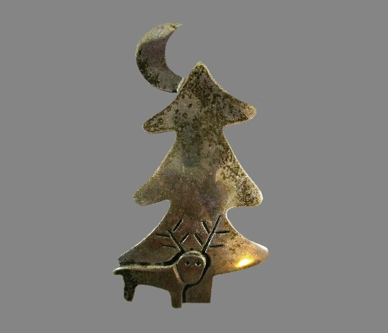 Deer with moon and tree sterling silver brooch pin