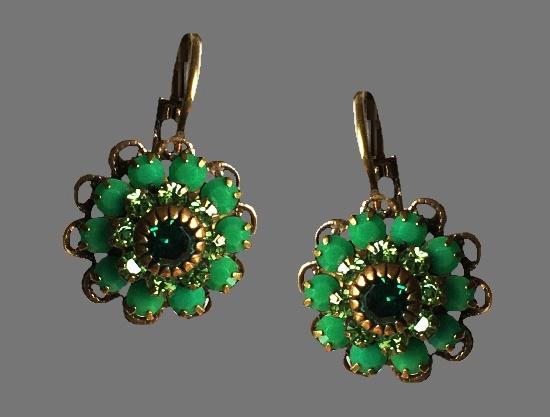 Emerald flower earrings. Swarovsky crystals, gold tone metal alloy