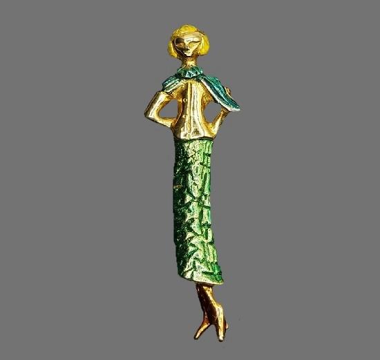 Fashion Lady brooch pin. Gold plated alloy, enamel. 4 cm. 1960s
