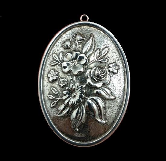 Flower bouquet sterling silver mirror back pendant. 1990s,