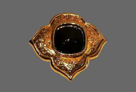 Gold tone dark red art glass vintage brooch. 6 cm. 1980s