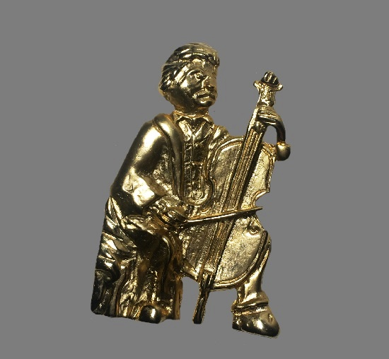 Grumpy Beethoven Playing The Cello gold plated brooch pin