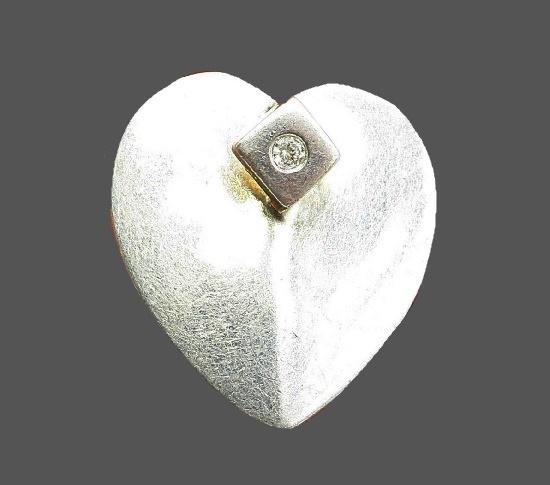 Heart brooch pendant. 925 sterling silver, topaz