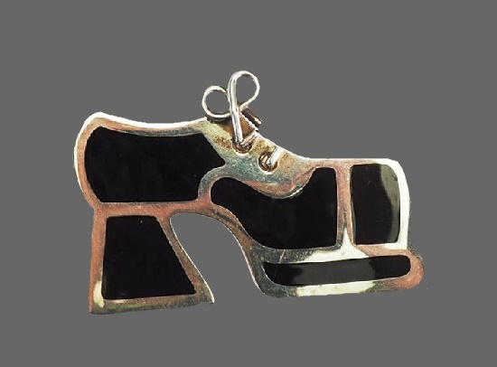 High heel shoe boot pin. Sterling silver, black enamel