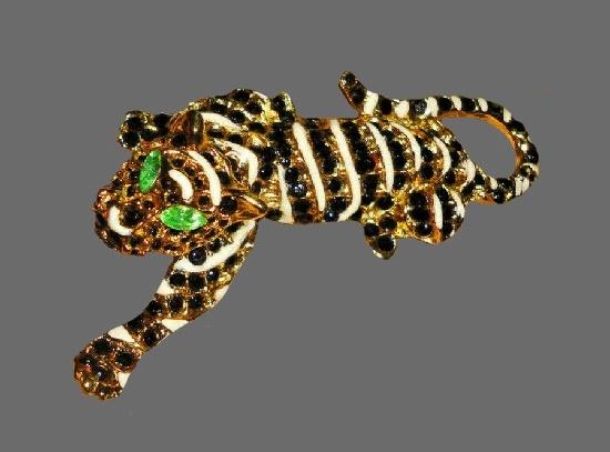 Jaguar brooch. Gold plated metal, rhinestones, enamel
