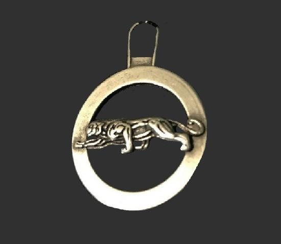 Jaguar charm of gold tone