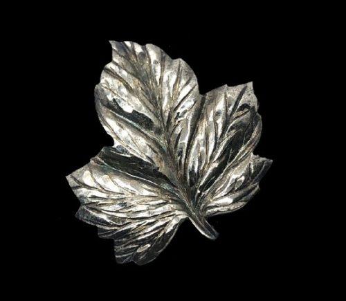 Leaf textured sterling silver broch