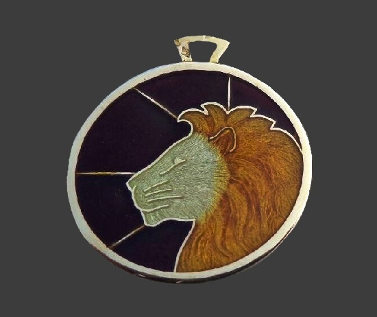 Lion Zodiac sign pendant charv. 14 K gold plated