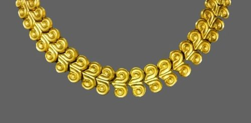 Made in 1960s 18K yellow gold collar style necklace from the Minoan and Mycenaean collection
