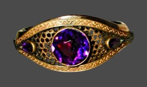 Sapphire blue crystal 10 K gold plated bracelet. 1930s