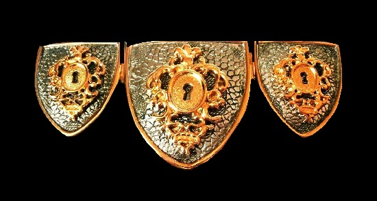 Shield keyhole gold plated brooch