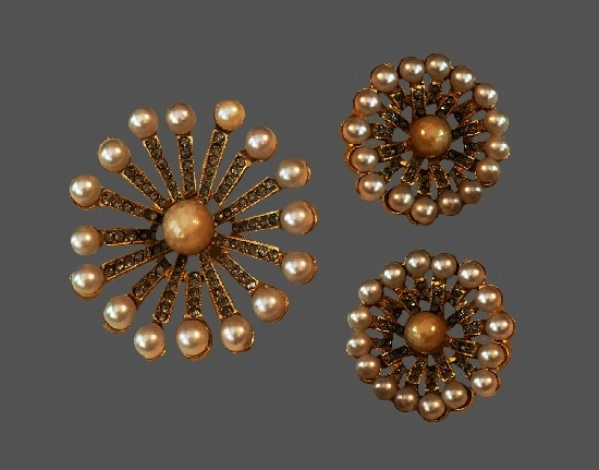 Snowflake brooch and clip on earrings. Gold tone, faux pearls, rhinestones. 1960s