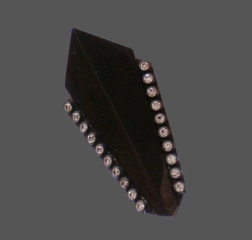 Statement brooch made of bakelite and Swarovski crystals. 7.5cm 1980s