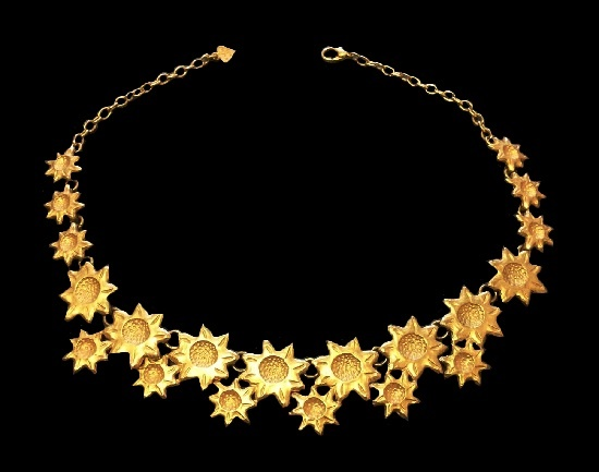 Sunflowers necklace. Gold plated metal alloy. 1990s