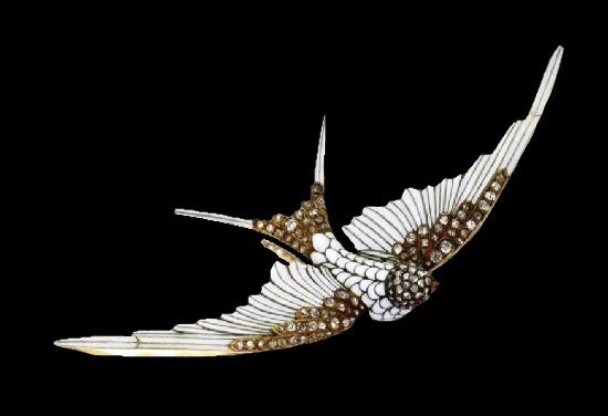 Swallow brooch. Diamond, enamel, 18 K gold. 1900s