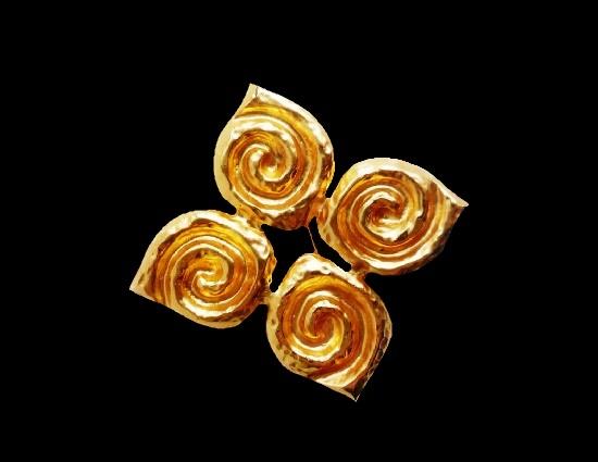 Swirl spiral design gold tone brooch. 1980s