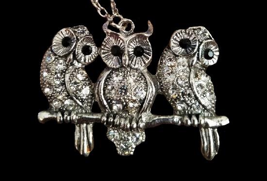 Three Owls silver tone rhinestones pendant