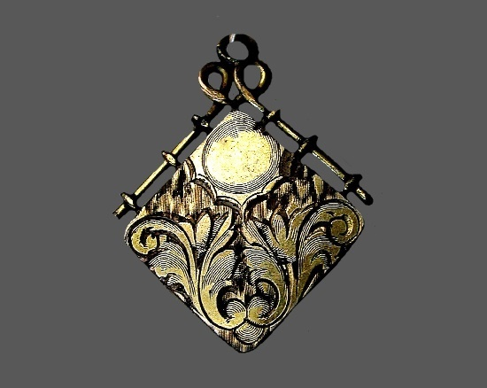 Victorian style gold filled pendant-locket. 1930s