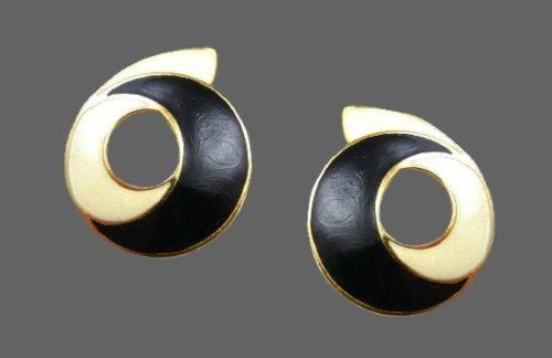 Black and white enamel geometric design earrings