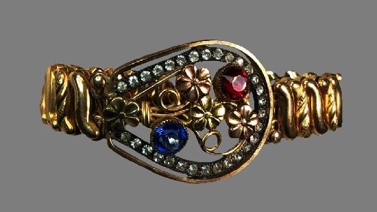 Flower design rhinestones gold tone metal bracelet. 1940s