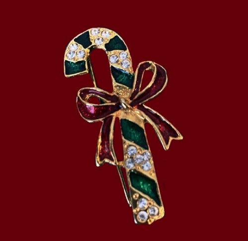 Giovanni vintage pin