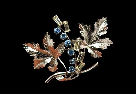 Grape leaves brooch. 925 Sterling silver, rhinestones