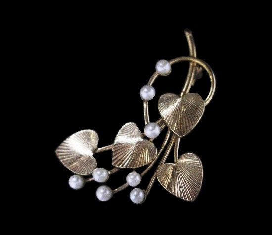 Heart flowers brooch. 12 K gold filled textured silver, faux pearls