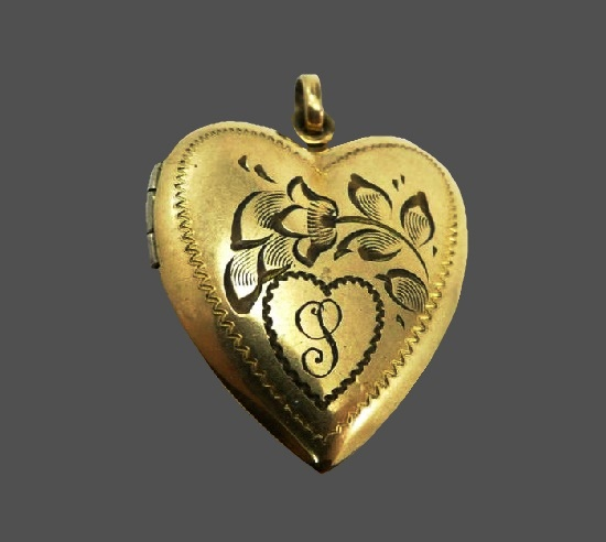 Heart locket. Etched flower design and monogram P. Gold filled